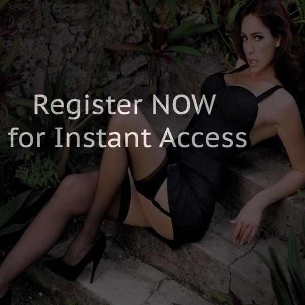 Iphone friendly chat rooms in Canada